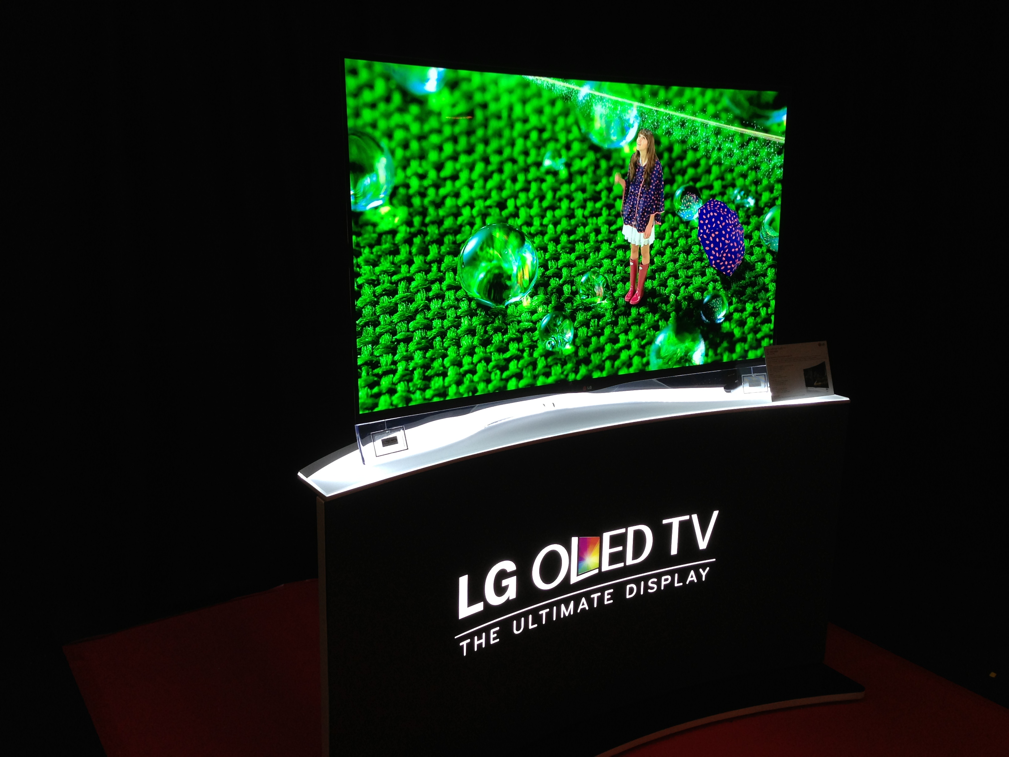 lg curved 55 oled tv to go on sale in new zealand. Black Bedroom Furniture Sets. Home Design Ideas